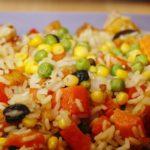 Ensalada de arroz con pollo, menú,
