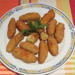 Croquetas de palitos de cangrejos y calabacines